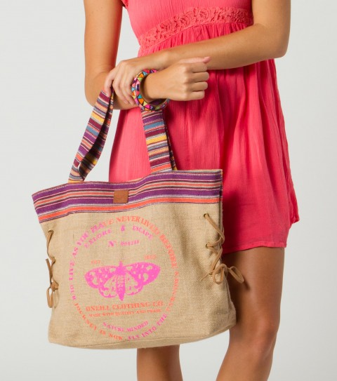 "Surf O'Neill Santa Rosa Tote.  Burlap tote with cotton yarn-dye piecing; faux suede strap and lacing detail at sides; cotton poplin lining; logo screen print at front.14""H x 18""W x 5""D - $22.99"