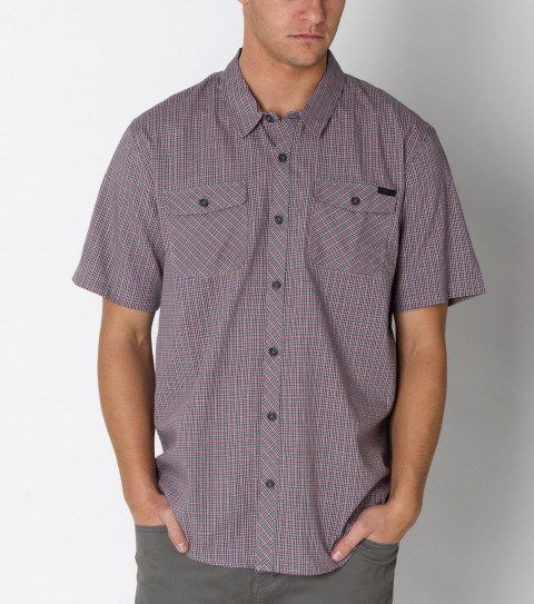 Surf O'Neill Fortley Shirt is made from 100%cotton checkered.  It is a short sleeved shirt with mill finish and bio wash. Standard fit; with logo embroideries and labels. - $39.99