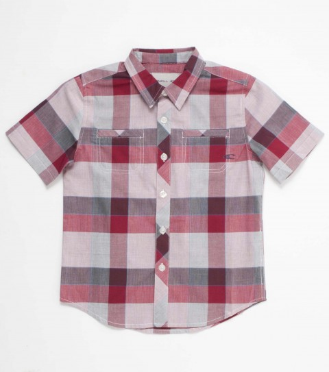 Surf O'Neill boys 100% cotton plaid chambray short sleeve shirt with mill finish and bio wash. Standard fit; decorative chest pocket; with logo embroideries and labels. - $30.99