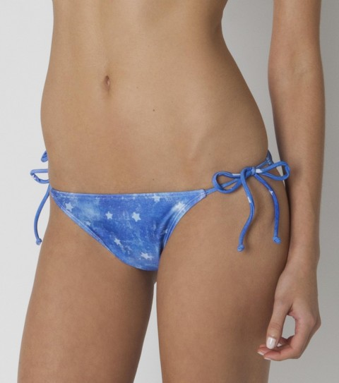 Surf The O'Neill Americana Tie Side Bottoms are medium coverage and watercolor star printed.  Look for the matching bandeau and triangle tops! 80% Nylon / 20% Elastane. - $9.99
