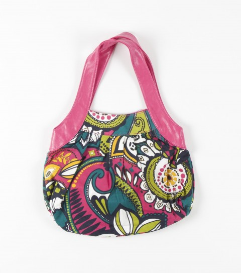 Entertainment O'Neill Girls Lia Purse.  Little girls purse made out of cotton and polyester with a contrast print. - $9.99