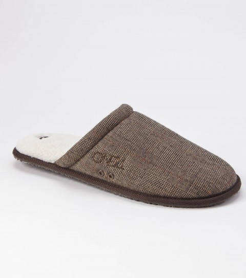 Surf The O'Neill Rico shoe is made of assorted fabrics and patterns with sherpa inner lining; padded printed and solid sherpa footbed with arch cookie; embroidered logos; and eva outsole. - $17.99