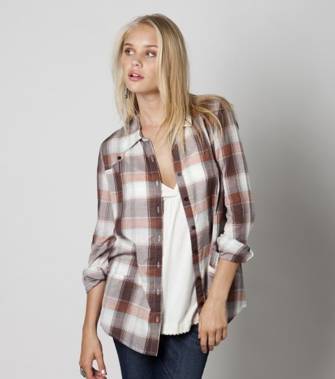 Surf O'Neill Dawl Flannel Shirt. 100% Cotton.  Plastic buttons with logo embroidery. - $44.00