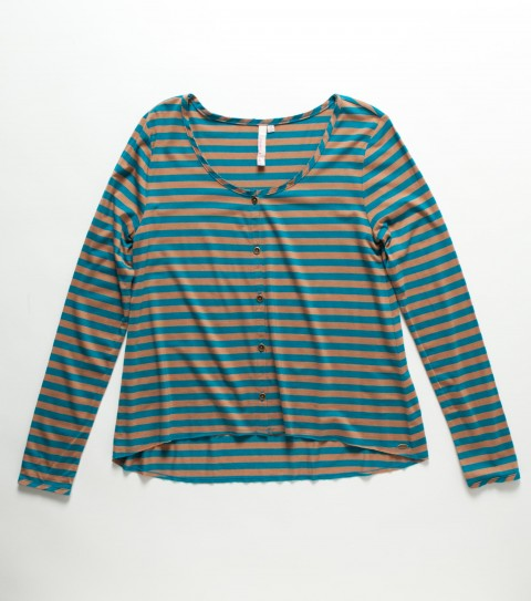 Surf O'Neill Girls Sahara Top.  60% Cotton / 40% Modal stripe.  Slight high-low hemline; long sleeve; functional front placket; metal logo badge. - $38.00