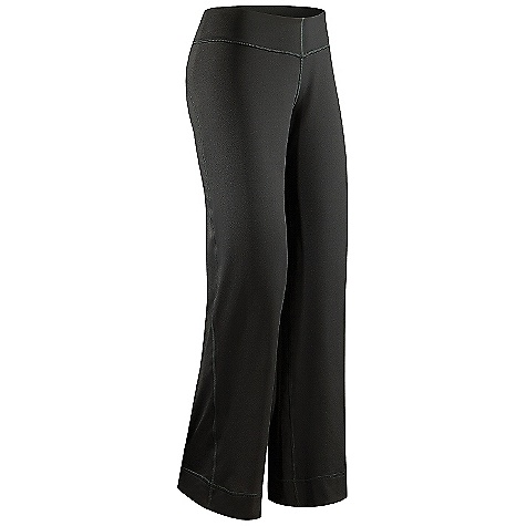 Free Shipping. Arcteryx Women's Escala Pant DECENT FEATURES of the Arcteryx Women's Escala Pant Flat locked seams lie flat for added comfort Gusseted crotch with cotton insert Hip stash pocket Wide waistband Gel logo We are not able to ship Arcteryx products outside the US because of that other thing. We are not able to ship Arcteryx products outside the US because of that other thing. We are not able to ship Arcteryx products outside the US because of that other thing. The SPECS Weight: (M): 12.2 oz / 346 g Inseam: 32in. / 81 cm Fit: Relaxed fit, ankle length Fabric: Stretch Supplex Nylon-86% nylon, 14% spandex Aerix-82% polyester, 18% spandex This product can only be shipped within the United States. Please don't hate us. - $78.95