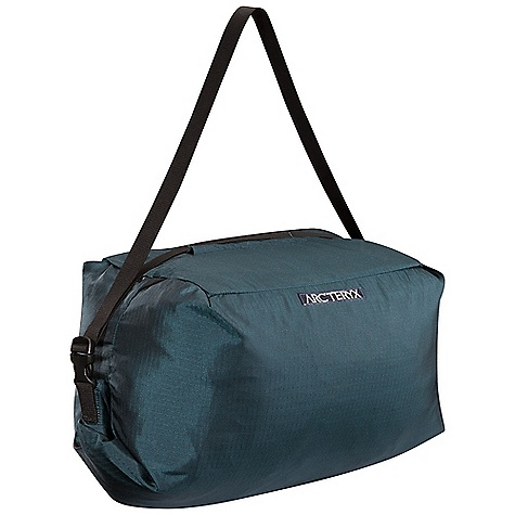 Climbing Free Shipping. Arcteryx Haku Rope Bag DECENT FEATURES of the Arcteryx Haku Rope Bag 125cm x 125 cm/ 4' x 4' Polyurethane coated groundsheet Fits a standard 60 meter rope Internal carry strap for quick transport between climbs RollTop closure Funnel loading system makes it easy to pack the rope into the main compartment One compression strap Two color coordinated rope tie in loops We are not able to ship Arcteryx products outside the US because of that other thing. We are not able to ship Arcteryx products outside the US because of that other thing. The SPECS Weight: 15.2 oz / 432 g 210D nylon 6.6 ripstop 210D nylon 6.6 This product can only be shipped within the United States. Please don't hate us. - $68.95