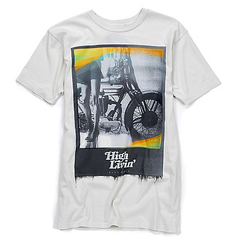 Surf On Sale. Billabong Men's High Livin Tee DECENT FEATURES of the Billabong Men's High Livin Tee Overdyed slim fit 30 singles tee Silcone wash Softhand front screen print PVC-free heat sealed neck label 100% cotton - $9.99