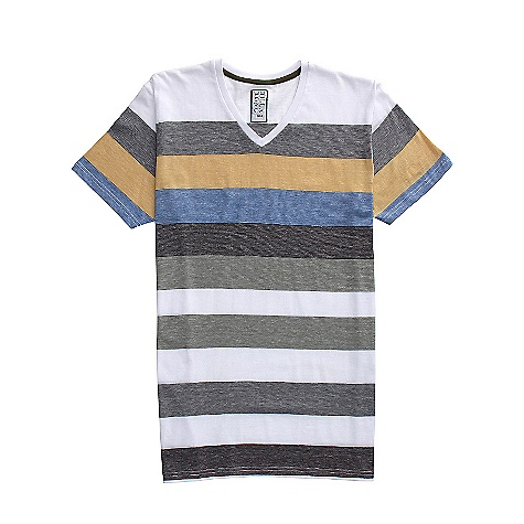 Surf On Sale. Billabong Men's Debut V SS Shirt DECENT FEATURES of the Billabong Men's Debut V Engineered end-on-end yarn dye Jersey v-neck Billabong patch on the left bottom sideseam when worn Made with 60% cotton/40% polyester - $16.99