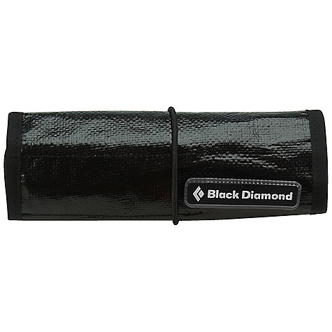 Climbing Black Diamond Necessaire Brush Set DECENT FEATURES of the Black Diamond Necessaire Durable tarp fabric Organizer pockets for 3 BD brushes The SPECS Weight: 7 oz / 200 g ALL CLIMBING SALES ARE FINAL. - $21.95