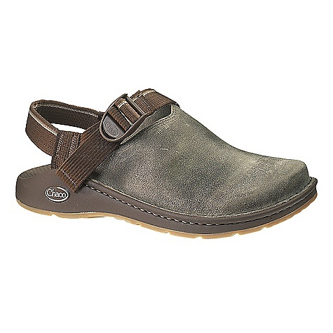Entertainment On Sale. Free Shipping. Chaco Men's Toecoop Vibram Gunnison Shoe DECENT FEATURES of the Chaco Men's Toecoop Vibram Gunnison Shoe Full-grain leather upper Unlined LUVSEAT XO1 platform Adjustable instep fit Vibram Gunnison Outsole The SPECS Weight: 15.1 oz / 428 g - $76.99
