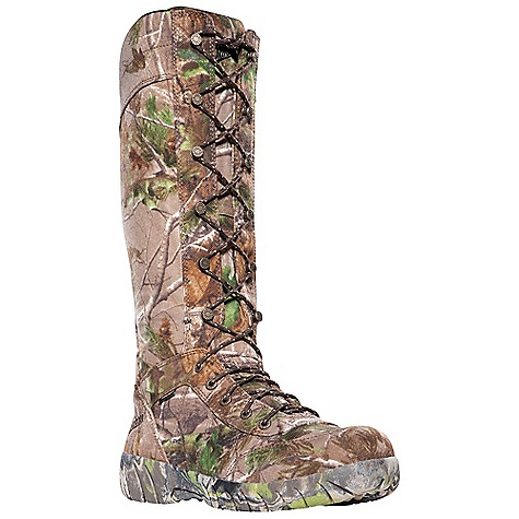 Hunting Free Shipping. Danner Men's Jackal II Snake Boot DECENT FEATURES of the Danner Men's Jackal II Snake Boot Rugged and lightweight 1000 Denier nylon upper 360deg snake-proof protection Rugged hardware for secure fit and long lasting performance 100% waterproof and breathable Gore-Tex Extended Comfort lining for use in warm weather climates or more active pursuits Cushioning EVA footbed Full-camo Danner Phantom outsole with low lugs for superior ground feel The SPECS Weight: 61 oz Height: 17in. Last: 850 Lining: Gore-Tex XCR Shank: Nylon - $229.95