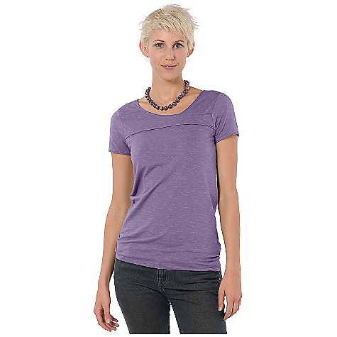 On Sale. Free Shipping. Horny Toad Women's Oolong Tee DECENT FEATURES of the Horny Toad Women's Oolong Tee Asymmetric crossover neckline Front and back yoke seams Raw-edge trim at neckline, yokes, and cuffs Short sleeves The SPECS Samba is 48% tencel 48% organic cotton 4% spandex - $22.99