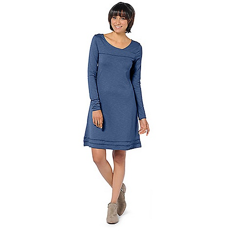 Entertainment On Sale. Free Shipping. Horny Toad Women's Oolong Dress LS DECENT FEATURES of the Horny Toad Women's Oolong Long Sleeve Dress Asymmetric crossover neckline Front and back yoke seams Long sleeves Raw-edge trim throughout Bust darts and back shaping darts Triple-banded bottom hem The SPECS Length: 37in. Samba is 48% Tencel 48% organic cotton 4% spandex - $48.99