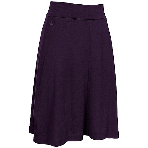 Free Shipping. Icebreaker Women's Villa Skirt DECENT FEATURES of the Icebreaker Women's Villa Skirt Speedy pull-on skirt Relaxed fit Fold-over waistband customises fit Handy stash pocket at waist - $74.95