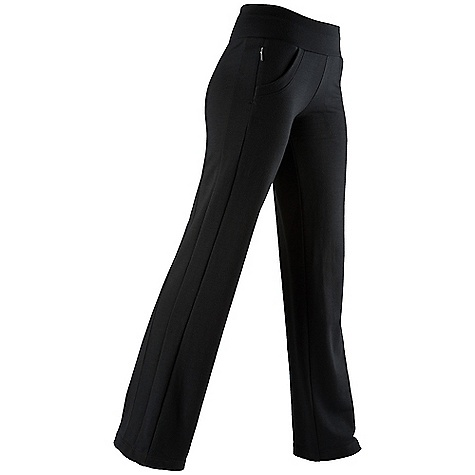 Free Shipping. Icebreaker Women's Villa Pant DECENT FEATURES of the Icebreaker Women's Villa Pant GT 260 terry loop Your favourite apartment pants Cosy midweight terry fabric Forward side seams prevent chafing Wide waistband for comfort Handy pockets - $129.95