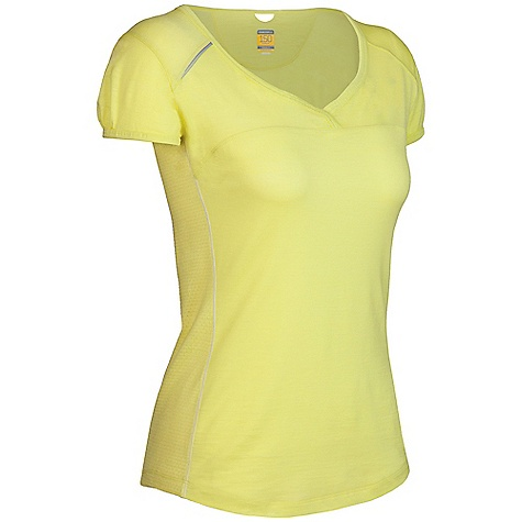 On Sale. Free Shipping. Icebreaker Women's SS Rush V-Neck Shirt DECENT FEATURES of the Icebreaker Women's Short Sleeve Rush V-Neck GT 150 Eyelet for increased venting Crossover neckline Cord management opening at centre back neckline Set-in sleeve with bound hem Reflective piping at right shoulder Back stash pocket Shaped hem Icebreaker logo and GT word mark - $51.99