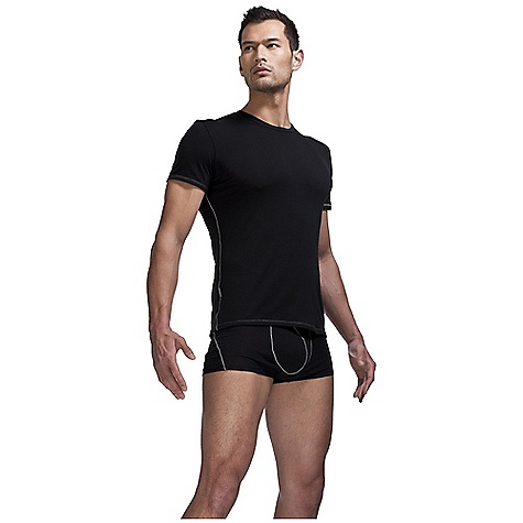 On Sale. Free Shipping. Icebreaker Men's BodyFit 150 SS Crewe DECENT FEATURES of the Icebreaker Men's BodyFit 150 Short Sleeve Crewe 150gm merino with a touch of LYCRA for ultimate fit Crewe neck with 1.5cm (0.6ins) band Set-in sleeve with 1cm (0.4ins) forward shoulder Contrast stitching at side seams and left sleeve hem Icebreaker pip label - $47.96