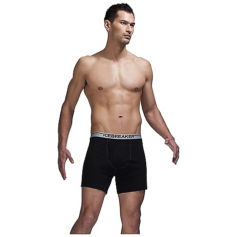 Icebreaker Men's Relaxed Boxer W- Fly DECENT FEATURES of the Icebreaker Men's Relaxed Boxer W/ Fly 150gm merino with a touch of LYCRA for ultimate fit Functioning pouch with fly opening Relaxed fit 3.3cm (1.3ins) striped elastic waistband in.Bin. satin label at centre back waistband 12.5cm (5ins) inseam Beast pip label - $44.95