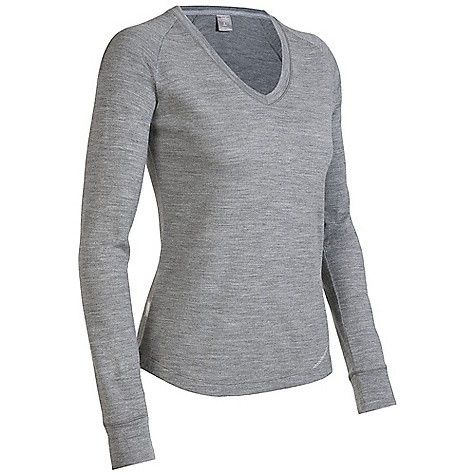 Free Shipping. Icebreaker Women's Zephyr V Top DECENT FEATURES of the Icebreaker Women's Zephyr V Top 260gm merino Nature-inspired warmth for your winter aspirations Flattering shaped v neck Cover-stitch details add flair - $119.95