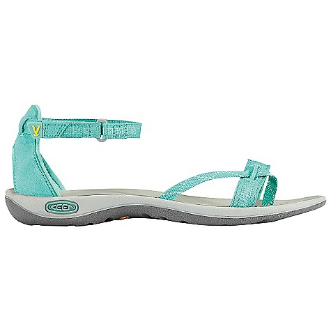 Entertainment On Sale. Free Shipping. Keen Women's La Paz Wrap Sandal DECENT FEATURES of the Keen Women's La Paz Wrap Washable synthetic and polyester webbing upper Aegis microbe shield hydrophobic lining Metatomical EVA molded footbed Compression molded EVA midsole with aegis microbe shield Non-marking rubber outsole with razor siping Women's specific fit The SPECS Weight: 5.7 oz Upper: Polyester webbing Lining: Polyester webbing - $49.99