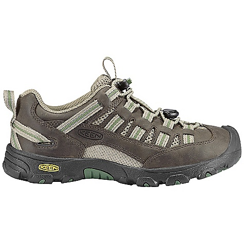 Camp and Hike On Sale. Free Shipping. Keen Youth Alamosa Shoe DECENT FEATURES of the Keen Youth Alamosa Shoe Water-resistant leather and mesh upper Secure fit lace capture system Infant sizes have adjustable hook and loop instep strap Non-marking rubber outsole The SPECS Weight: 10.3 oz / 292 g Upper: Leather and mesh upper Lining: Moisture wicking textile - $43.96