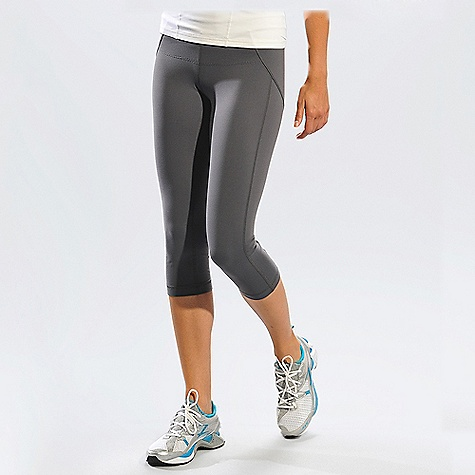 On Sale. Free Shipping. Lole Women's Lively Capri DECENT FEATURES of the Lole Women's Lively Capri Capri lined with mesh for better support Secret pocket at waistband Lined gusset at crotch Flat seams for a better comfort Reflective logo Regular fit with high rise Inseam: 20in. / 51 cm - $71.96