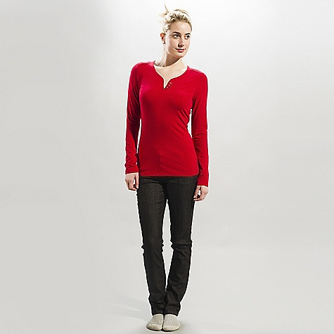 Lole Women's Mao DECENT FEATURES of the Lole Women's Mao Long sleeve top with round neckline Decorative placket and buttons holes Length: 26in. / 66 cm - $44.95