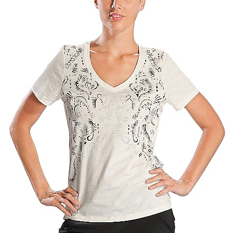 Lole Women's Jude Top DECENT FEATURES of the Lole Women's Jude Top Short sleeve V-neck top Screen print at front Length: 26in. / 66 cm - $39.95