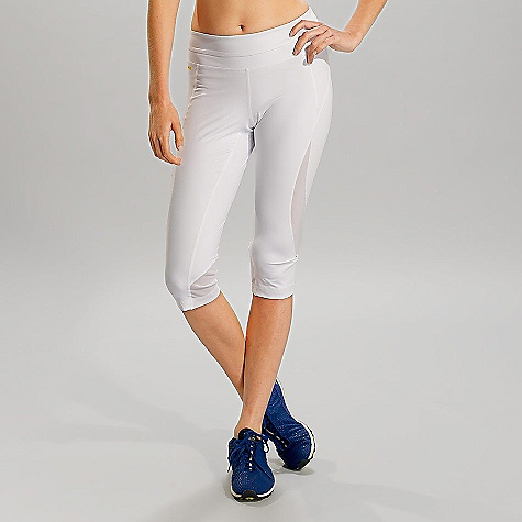 Fitness Free Shipping. Lole Women's Run Capri DECENT FEATURES of the Lole Women's Run Capri Shape fit Regular rise Zip pocket on waistband back Lined gusset at crotch Flat seams for comfort Reflective logo Inseam: 18 in / 45.5 cm - $74.95