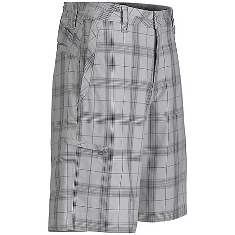 On Sale. Free Shipping. Marmot Men's Castlepeak Short DECENT FEATURES of the Marmot Men's Castlepeak Short Coolmax Comfortable, Breathable, Mid Weight Performance Woven Fabric Ultraviolet Protection Factor (UPF) 50 T400 Durable Stretch for Increased Moblity Moisture Management and Quick Drying Fixed Waist Short with Front Slash Pockets Secure Side Pocket with Zip Closure Bias Back Yoke The SPECS Weight: 10.94 oz / 310.1 g Fit: Relaxed Fit Inseam: 11in. Material: 68% Cotton, 32% T400 Polyester Twill Stretch 6.5 oz/yd - $47.99