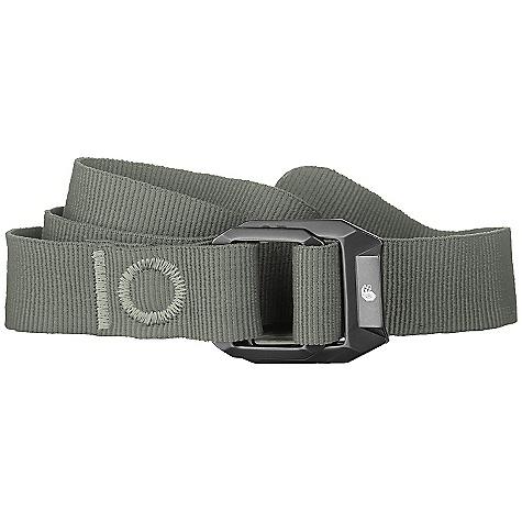 Mountain Hardwear Double Back Belt DECENT FEATURES of the Mountain Hardwear Double Back Belt Anodized alloy in.double backin. buckle with screenprinted logo The SPECS Average Weight: 3 oz / 90 g Body: 100% Recycled Nylon (100% recycled nylon) - $29.95