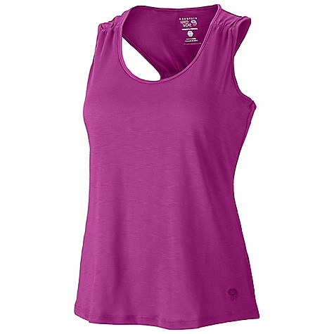 Surf Mountain Hardwear Women's LochVale Slub Tank DECENT FEATURES of the Mountain Hardwear Women's LochVale Slub Tank Dri-Release blended yarns wick moisture and minimize odor Flat-lock seam construction eliminates chafe The SPECS Average Weight: 4 oz / 119 g Center Back Length: 25in. / 64 cm Body: Locator Slub Stripe Jersey (85% polyester, 15% cotton) - $44.95