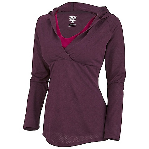Free Shipping. Mountain Hardwear Women's Navandella Hoody DECENT FEATURES of the Mountain Hardwear Women's Navandella Hoody Two layer design Flattering neck line The SPECS Apparel Fit: Semi-Fitted Average Weight: 6.8 oz / 192 g Center Back Length: 24.5in. / 62 cm Body: Barcode Wicking Jacquard (100% polyester) - $84.95