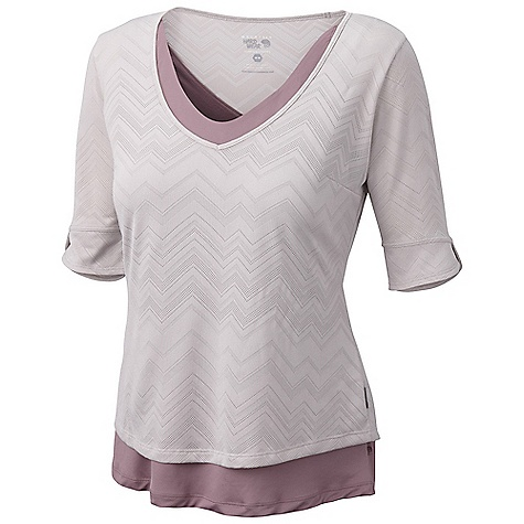 On Sale. Free Shipping. Mountain Hardwear Women's Navandella V-Neck DECENT FEATURES of the Mountain Hardwear Women's Navandella V-Neck Two layer design Flattering neck line The SPECS Apparel Fit: Semi-Fitted Average Weight: 4.7 oz / 132 g Center Back Length: 23.5in. / 60 cm Body: Barcode Wicking Jacquard (100% polyester) - $43.99
