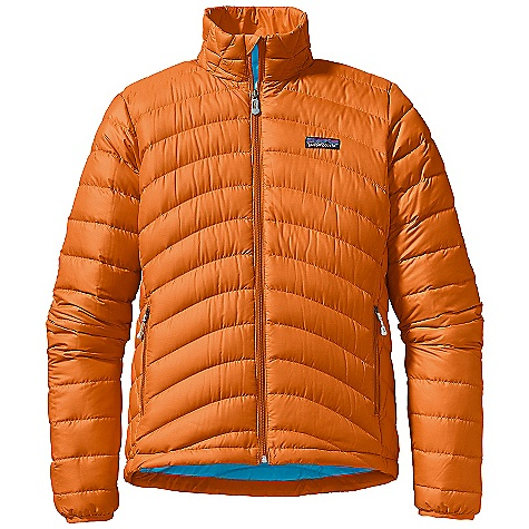 On Sale. Free Shipping. Patagonia Women's Down Sweater DECENT FEATURES of the Patagonia Women's Down Sweater Superlight, windproof shell has high tear-strength and is treated with a Deluge DWR finish Quilted construction stabilizes 800-fill-power premium European goose down Two zippered hand warmer pockets with Deluge DWR-coated zippers Internal zippered stretch mesh self-stuff pocket with a reinforced carabiner clip-in loop Nylon-bound elastic cuffs and adjustable Draw cord hem seal out drafts The SPECS Regular fit Weight: 11.3 oz / 320 g Shell and Lining: 1.4-oz 22-denier 100% recycled polyester ripstop with a Deluge DWR (durable water repellent) finish Insulation: 800-fill-power premium European goose down This product can only be shipped within the United States. Please don't hate us. - $159.99