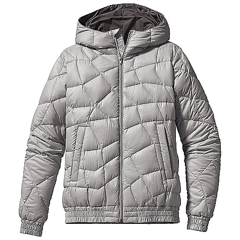 On Sale. Free Shipping. Patagonia Women's Aliso Down Jacket DECENT FEATURES of the Patagonia Women's Aliso Down Jacket 100% recycled polyester mini-ripstop shell with asymmetrical quilt lines and 600-fill-power premium European goose down Lined, insulated hood for warmth Front zipper with wind flap Zippered handwarmer pockets Internal zippered pocket Gathered ribbing at cuffs and hem Hip length The SPECS Regular fit Weight: 17.7 oz / 501 g 1.3-oz 100% recycled polyester ripstop with a Deluge DWR (durable water repellent) finish Lining: 2-oz 100% polyester plain weave Insulation: 600-fill-power premium European goose down This product can only be shipped within the United States. Please don't hate us. - $118.99