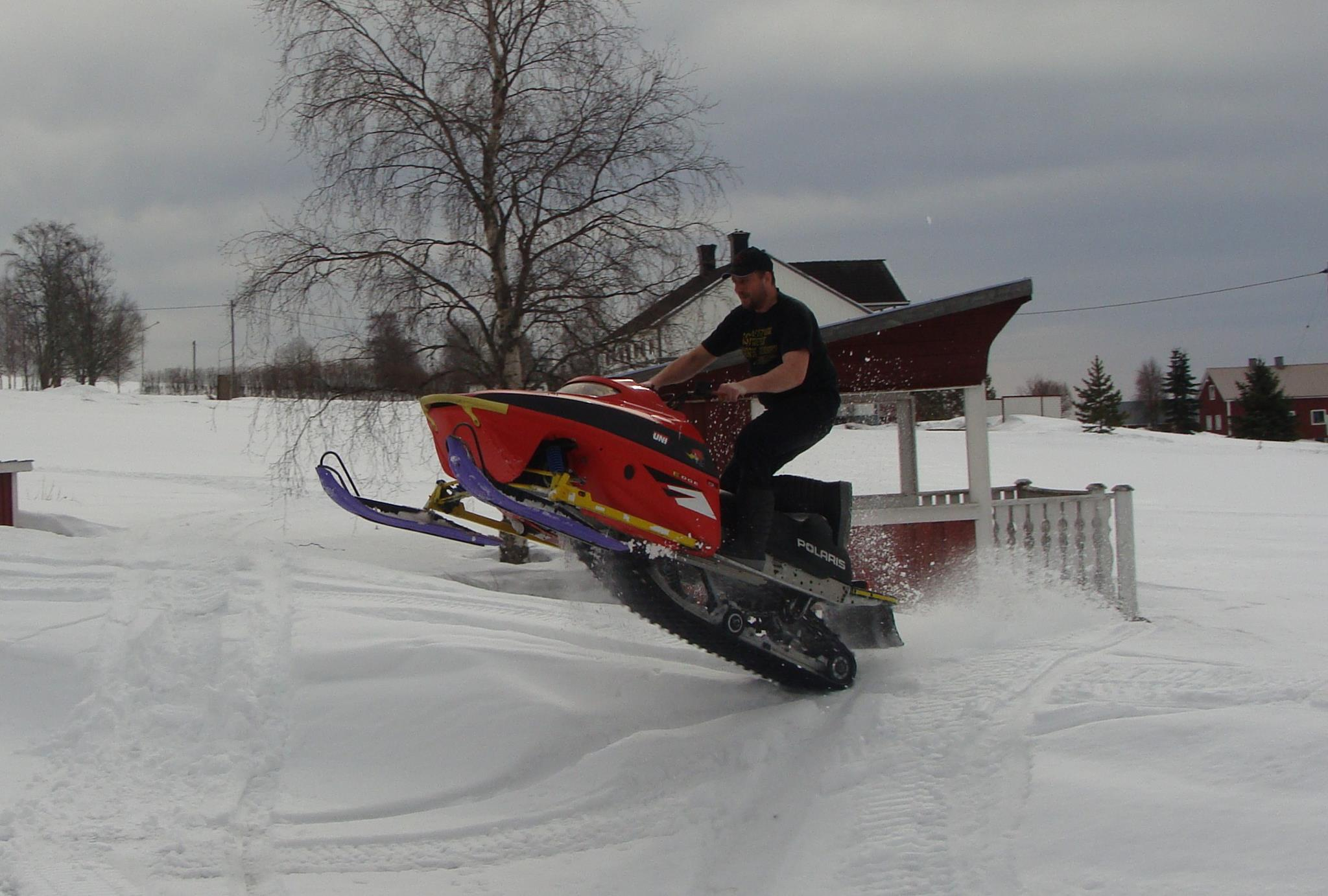 Snowmobile POLARIS... Just 4 fun. :-)