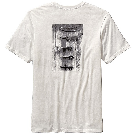 Patagonia Men's Piton Evolution T-Shirt DECENT FEATURES of the Patagonia Men's Piton Evolution T-Shirt Screen-print inks are PVC-and phthalate-free Taped shoulder seams for comfort Rugged yet comfortable 20 singles 100% organic cotton jersey The SPECS Regular fit Weight: 7.12 oz / 202 g 5.4-oz 100% organic cotton This product can only be shipped within the United States. Please don't hate us. - $35.00