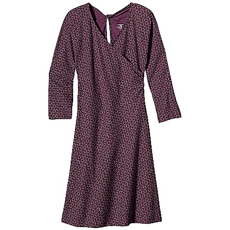 Entertainment Free Shipping. Patagonia Women's Bay Laurel Wrap Dress DECENT FEATURES of the Patagonia Women's Bay Laurel Wrap Dress Soft organic cotton with stretch for mobility V-neck wrap dress Twist detail and keyhole at center back Flattering A-line dress with 1/2-sleeves and a contoured fit Above-the-knee length The SPECS Slim fit Weight: 9.4 oz / 266 g 6.2-oz 95% organic cotton, 5% spandex This product can only be shipped within the United States. Please don't hate us. - $75.00