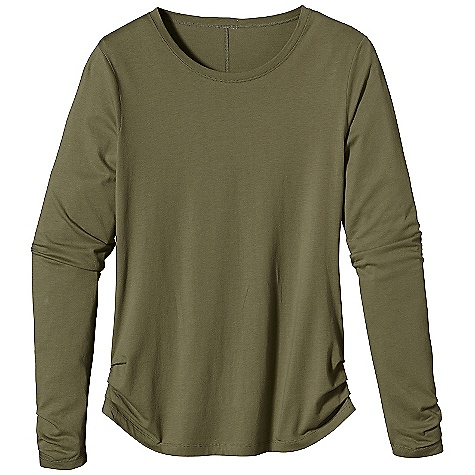 On Sale. Patagonia Women's L-S Green Gardens Top DECENT FEATURES of the Patagonia Women's Long Sleeve Green Gardens Top Super soft organic cotton and Tencel lyocell blend Long-sleeved crewneck Delicate pleating at cuffs and hem add feminine appeal Hip length The SPECS Regular fit Weight: 5.9 oz / 167 g 4.8-oz 55% organic cotton, 45% Tencel lyocell knit This product can only be shipped within the United States. Please don't hate us. - $35.99