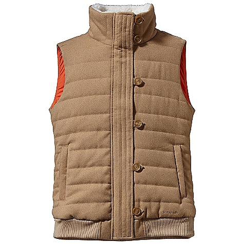 Free Shipping. Patagonia Women's Vagabunda Vest DECENT FEATURES of the Patagonia Women's Vagabunda Vest Brushed polyester has a heathered face and cozy deep-pile polyester fleece lines collar Warm insulated vest with horizontal quilting Full-length zipper has external wind flap with button-and-loop closures Welted, zippered handwarmers Warm collar lined with deep-pile fleece Rib-knit at hem Hip length The SPECS 7.3-oz 100% polyester with a brushed face Lining: 2-oz 100% polyester plain weave Insulation: 200-g Thermogreen 100% polyester (90% recycled) Weight: 11.5 oz / 326 g This product can only be shipped within the United States. Please don't hate us. - $149.00