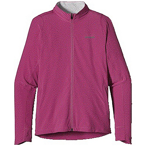 Free Shipping. Patagonia Women's Traverse Jacket DECENT FEATURES of the Patagonia Women's Traverse Jacket Durable recycled polyester/spandex blend with a Deluge DWR finish Strategic seam placement with minimal bulk for unrestricted movement Longer sleeve provides extra coverage for hand Slight drop tail The SPECS Slim fit Weight: 8.4 oz / 238 g 4.7-oz 93% all-recycled polyester 7% spandex with a Deluge DWR finish This product can only be shipped within the United States. Please don't hate us. - $129.00