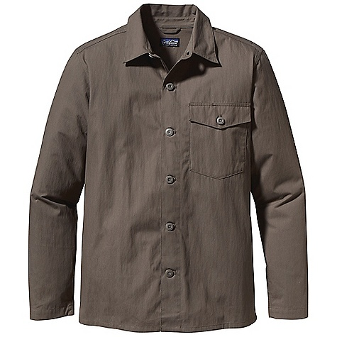 Free Shipping. Patagonia Men's Federale Jacket DECENT FEATURES of the Patagonia Men's Federale Jacket Made of a lightweight and durable organic cotton/nylon blend with a DWR finish Shirt-style jacket has a left-chest pocket with a button closure and two bartacks Flat-felled shoulder and arm seam details Straight hem The SPECS Regular fit Weight: 11.8 oz / 334 g 3.8-oz 74% organic cotton, 26% nylon, with a DWR finish This product can only be shipped within the United States. Please don't hate us. - $99.00