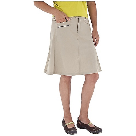 Entertainment On Sale. Free Shipping. Royal Robbins Women's Discovery Traveler Skirt DECENT FEATURES of the Royal Robbins Women's Discovery Traveler Skirt Logo snap closure Fly front opening Logo snap secured side cargo pocket Zip secured side pocket Drop-in pockets Snap secured back pocket The SPECS Regular fit Length: 21in. Fabric: Discovery Stretch Nylon 5 oz 96% Nylon / 4% Spandex UPF 50+ - $47.57