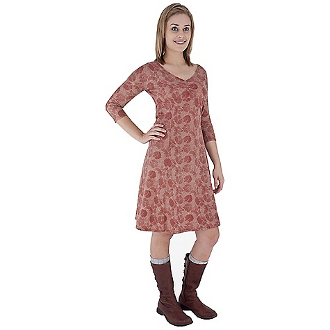 Entertainment Free Shipping. Royal Robbins Women's Essential Traveler Printed Dress DECENT FEATURES of the Royal Robbins Women's Essential Traveler Printed Dress UPF 50+ V-neck with ruching at bodice Fitted dolman 3/4 sleeve Knee length The SPECS Natural fit Fabric: Stretch Jersey - $79.95