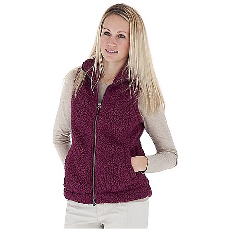 Entertainment Free Shipping. Royal Robbins Women's Snow Wonder Vest DECENT FEATURES of the Royal Robbins Women's Snow Wonder Vest Mesh lined yoke Two-way front zip through collar Zip secured interior pocket Hand warmer pockets Grosgrain pull with logo rivet Shirt tail hem Overlock detail stitching Hip length The SPECS Natural fit Fabric: Snow Wonder Fleece - $74.95