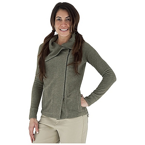 Entertainment Free Shipping. Royal Robbins Women's Departures Zip Up Jacket DECENT FEATURES of the Royal Robbins Women's Departures Zip Up Jacket Off center two-way zip closure Novelty stitch detail Raglan sleeve Exposed front zipper Zip secured hand warmer pockets Straight hem Hip length The SPECS Natural fit Fabric: Departures Fleece - $74.95