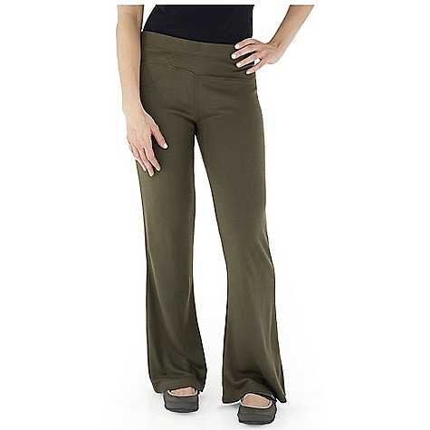 Entertainment Free Shipping. Royal Robbins Women's Enroute Pant DECENT FEATURES of the Royal Robbins Women's Enroute Pant UPF 50+ Asymmetric waist panel Zip secured pockets The SPECS Natural fit / Contemporary rise / Boot cut Fabric: Winter Wool Blend - $77.95