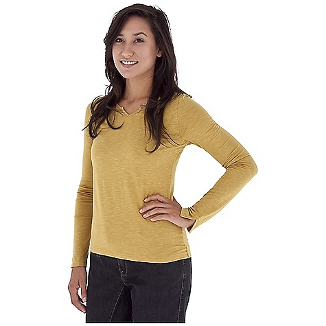 Entertainment Free Shipping. Royal Robbins Women's Nabru Notched Neck Top DECENT FEATURES of the Royal Robbins Women's Nabru Notched Neck Top Notched neckline with self binding Long sleeve with slit cuff and self-binding Straight hem Hip length The SPECS Natural fit Fabric: Seaside Slub - $61.95