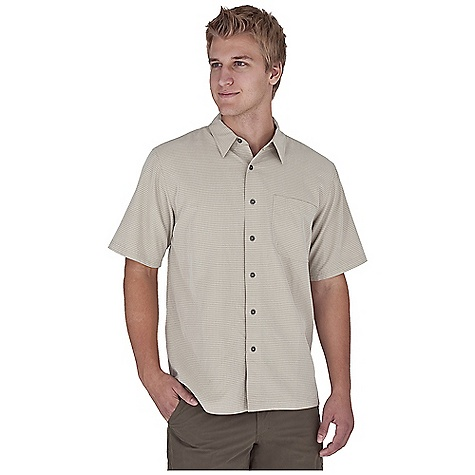 Entertainment Free Shipping. Royal Robbins Men's Desert Pucker S-S Top DECENT FEATURES of the Royal Robbins Men's Desert Pucker Short Sleeve Top Sand washed finish Drop-in chest pocket with pen slot Straight hem with side vents The SPECS Relaxed fit Fabric: 4.7 oz Desert Pucker Modal 80% Modal Rayon, 20% Polyester Sand washed finish - $51.95